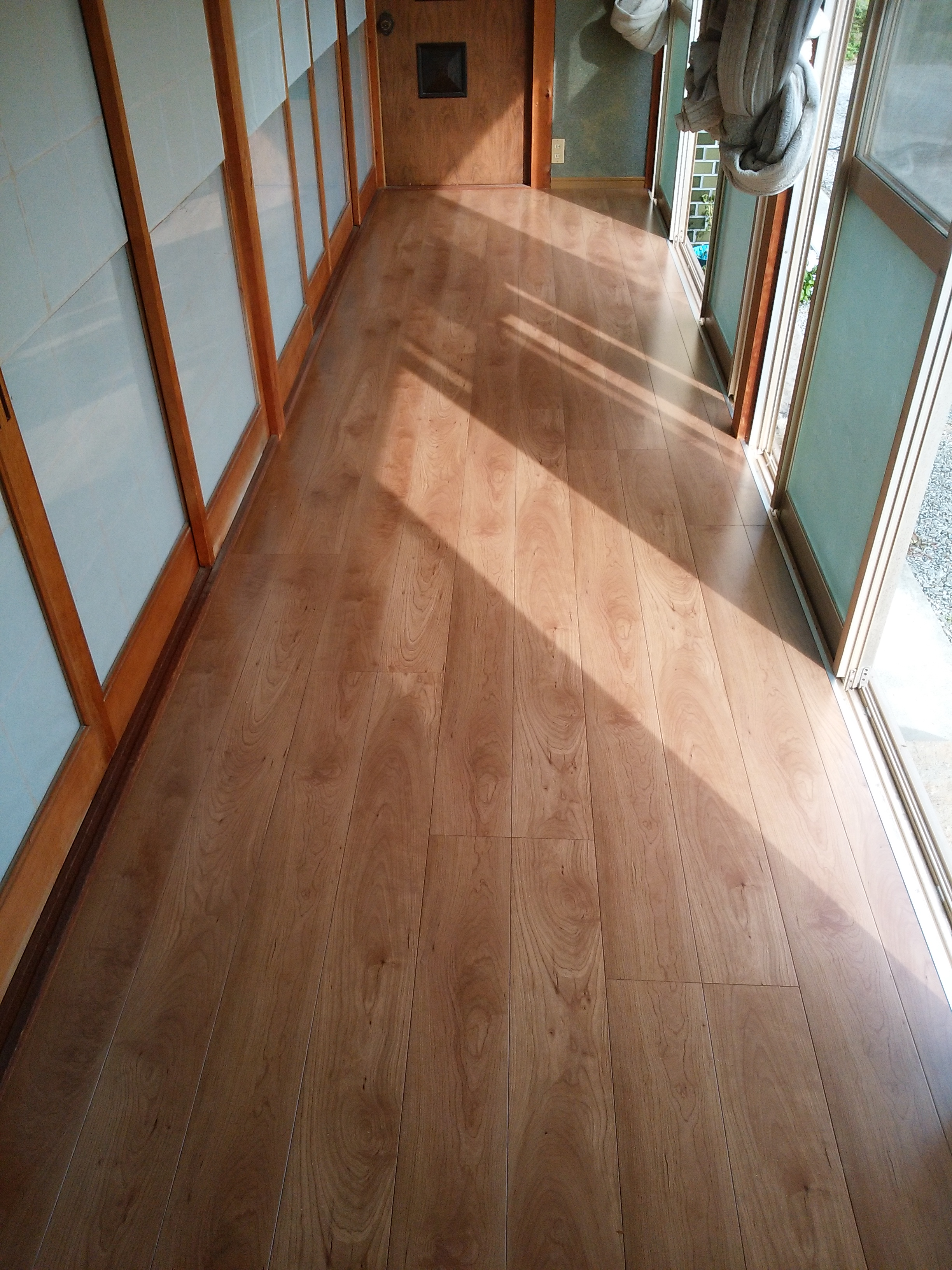 姫路市 縁側の床がベコベコするのでなんとかしたい!