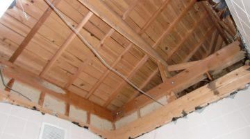浴室天井解体