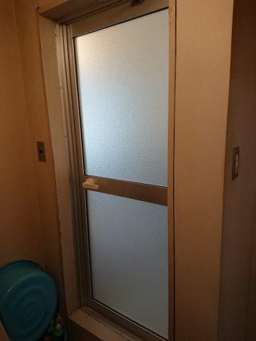 姫路市 浴室ドア取替