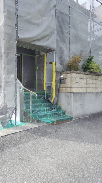 赤穂市 外壁塗装工事とアルミストックヤード