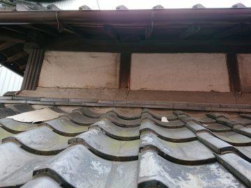 姫路市 台風で壁の漆喰が剥がれてしまった