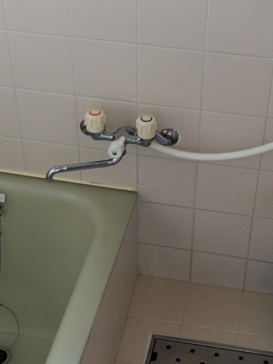 姫路市 浴室水栓金具入替え工事