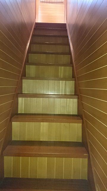 たつの市 階段の手すり取付工事