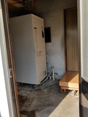 姫路市 電気温水器取替工事