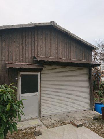 太子町 納屋庇の波板トタンやり替え