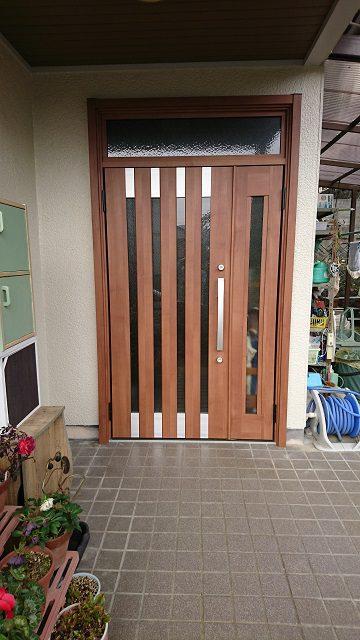上郡町 玄関ドアを取替える