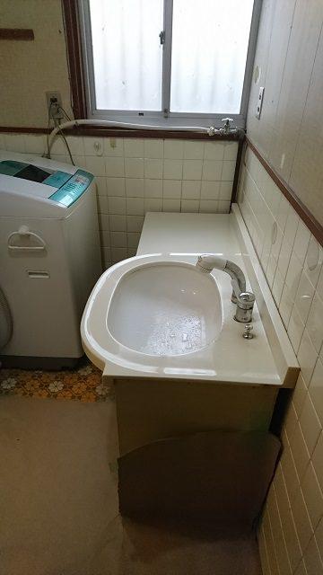 洗面台取替中②