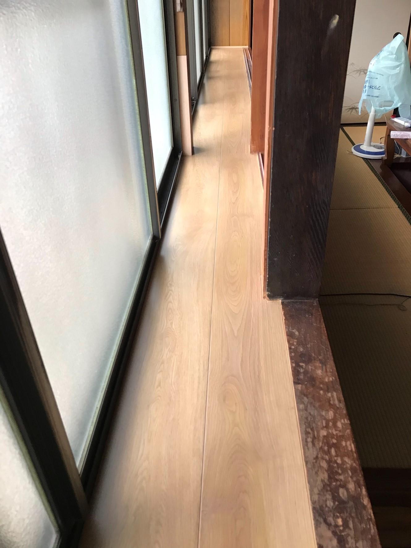 姫路市 出窓の天板張替え