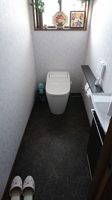 上郡町 トイレと手洗器を取替える