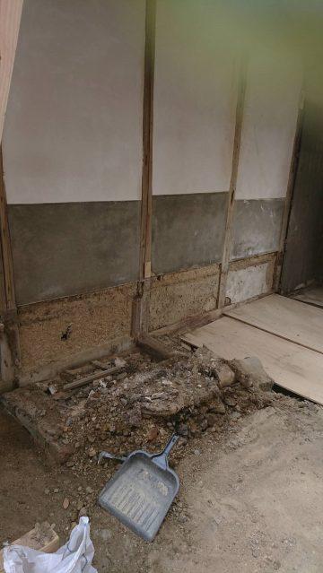 トイレ解体工事