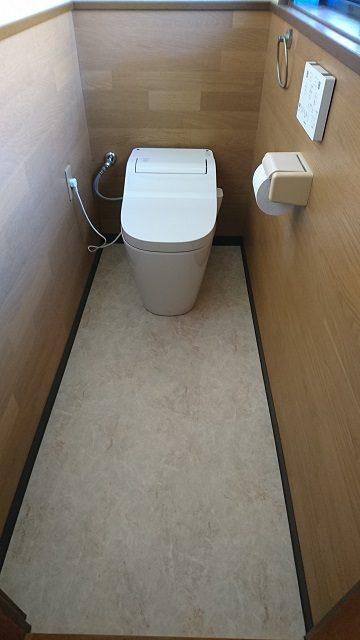 赤穂市 トイレ取替と床のCFを貼替