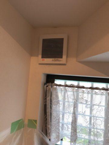 揖保郡太子町トイレ室の換気扇取替工事