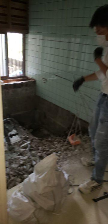 浴室解体工事