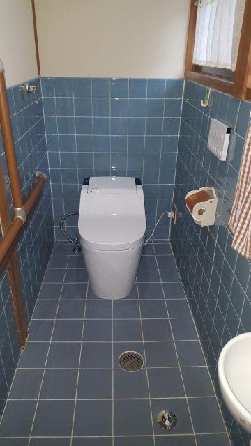 赤穂市 全自動トイレへ取替工事