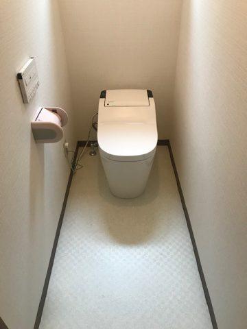 姫路市 トイレの床が水漏れで、、、