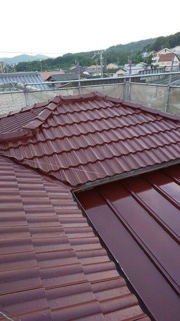 相生市 モ二エル瓦屋根の塗装