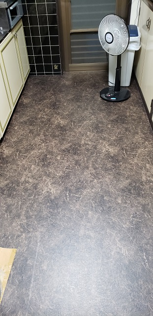 上郡町 キッチン床の貼替え