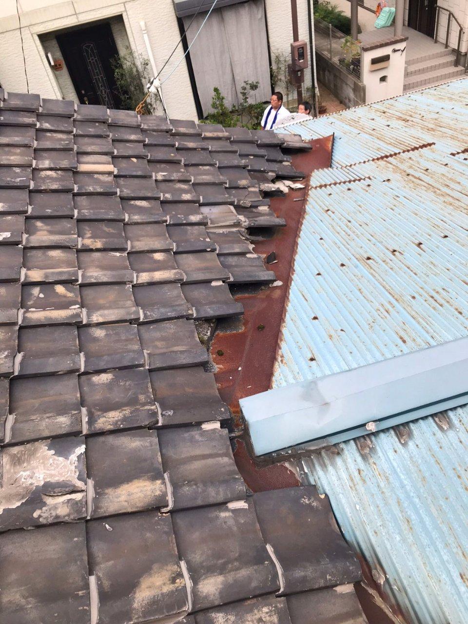 姫路市 雨漏りの為トタン屋根葺き替え工事