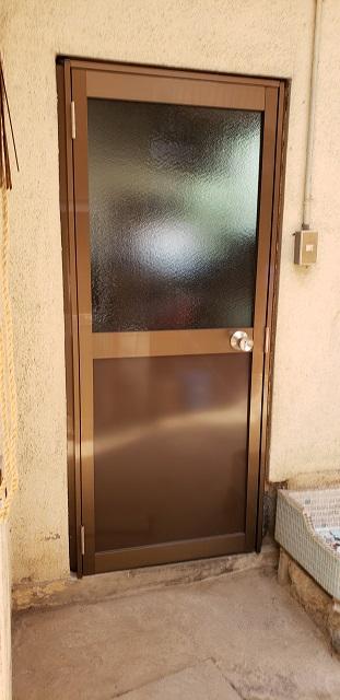 上郡町 勝手口ドア取替え
