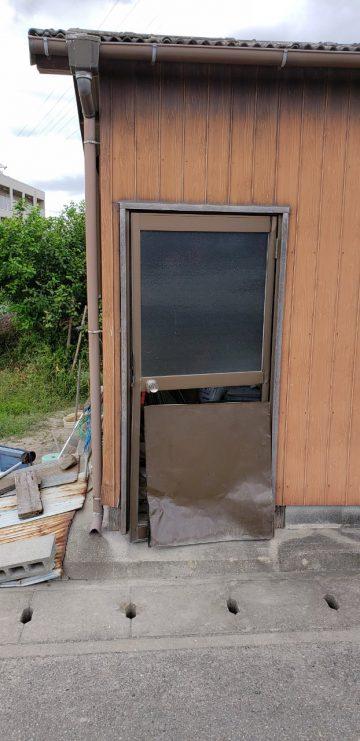 姫路市 畑の倉庫入口ドア入替え工事