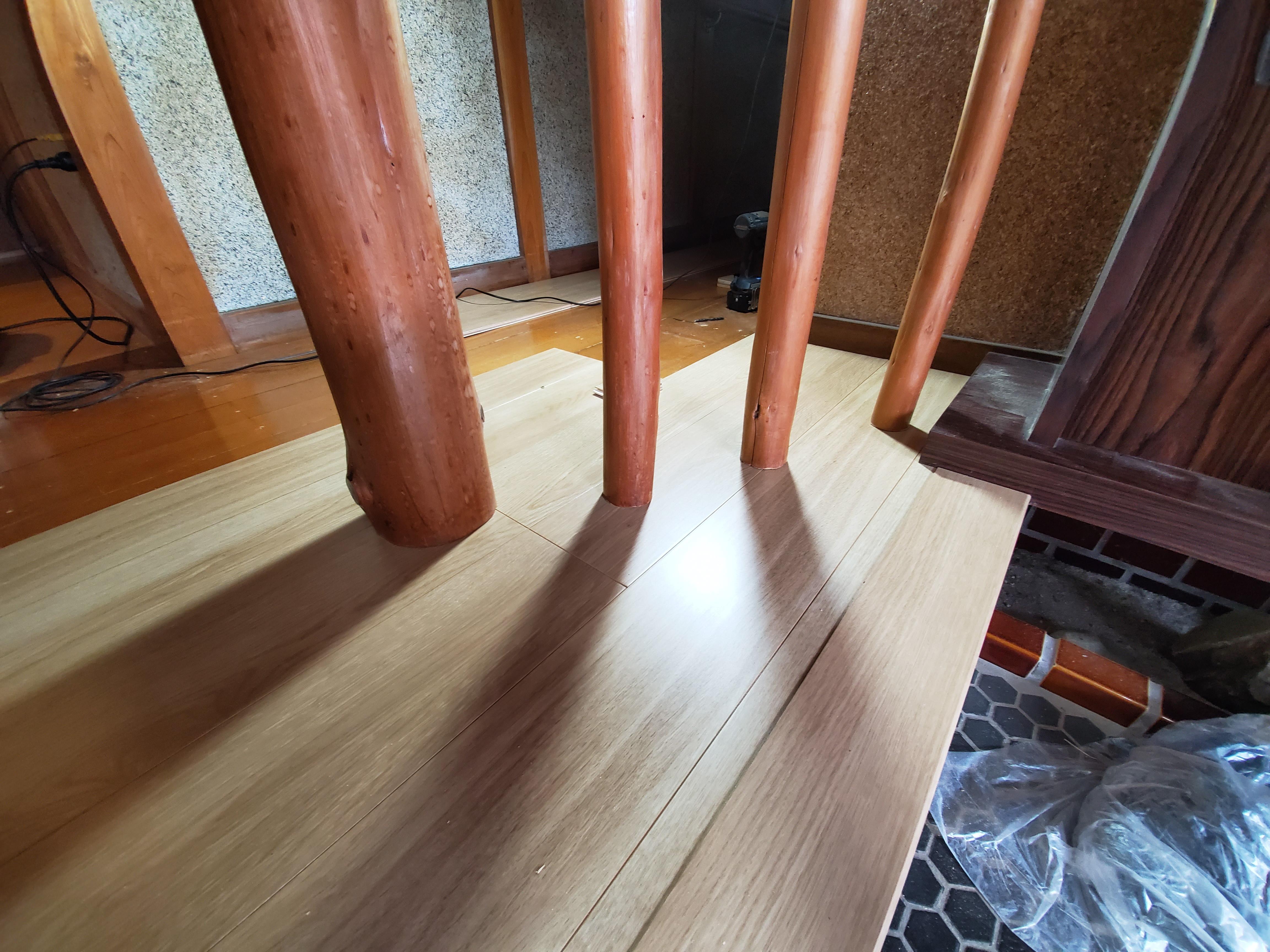 姫路市 玄関廊下の床工事
