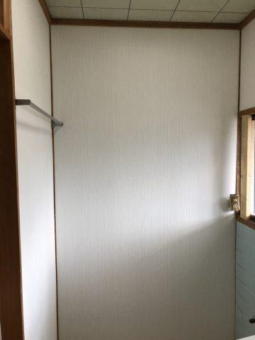 洗面壁改修
