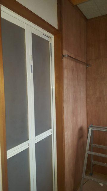 脱衣場壁改修
