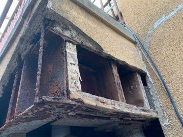 外壁崩れた 修理 業者