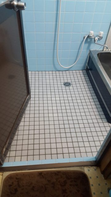 赤穂市 浴室ゆか寒さ対策工事