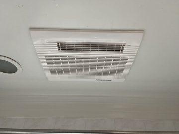 姫路市 浴室暖房乾燥機取替