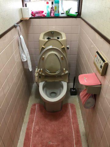 トイレ取替工事の施工前