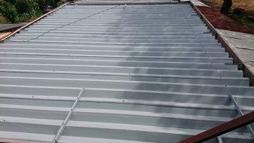 赤穂市 折板屋根の雨漏り補修