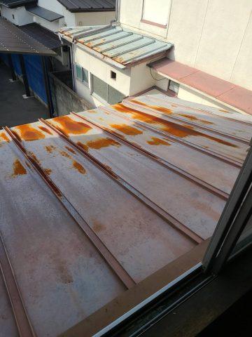 姫路市 瓦棒屋根の錆が気になり塗装
