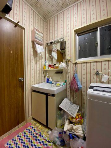 洗面台の施工前