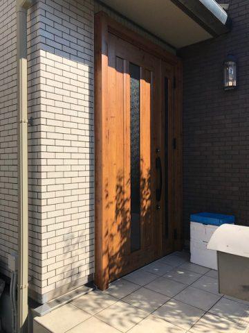 姫路市 変色した玄関