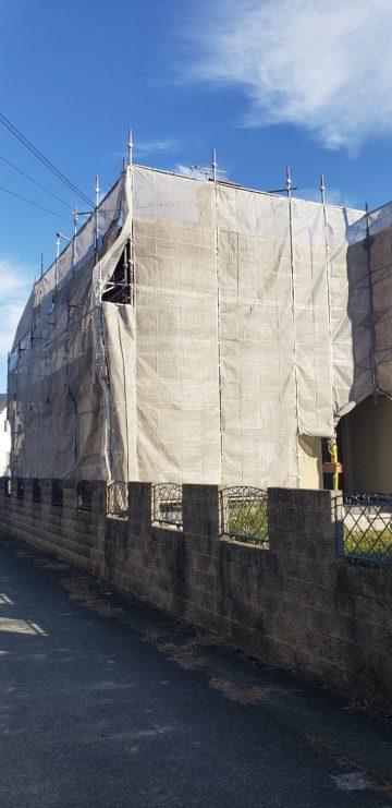外壁塗装1日目の工程は足場組