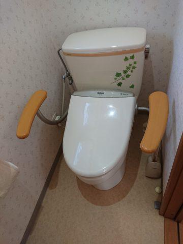 アラウーノS141へトイレ取替工事