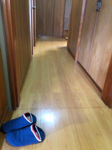 廊下縁甲板貼り