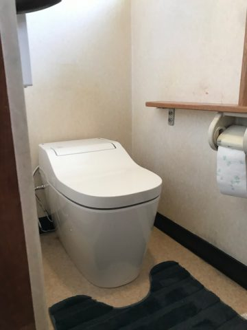 姫路市 シャワートイレのノズルが出てこない