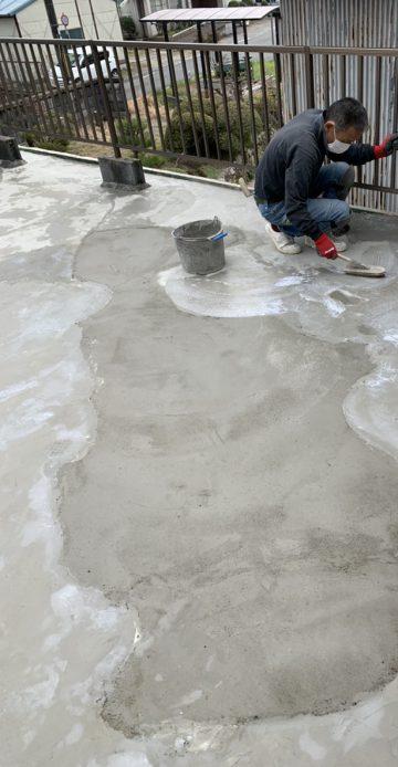 防水工事まずは左官で下地をキレイに