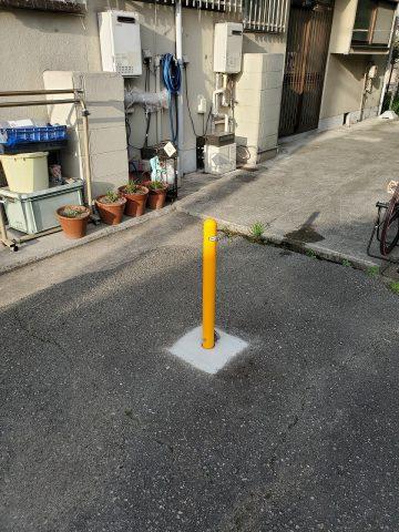 姫路市 駐車場ポール設置工事