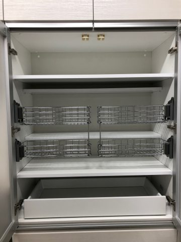 食器棚 パナソニック 網かご