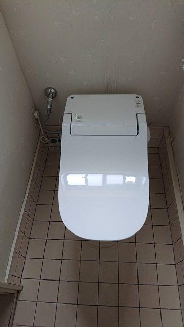赤穂市 トイレの取替(1階及び2階)