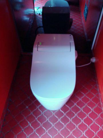 トイレ取替施工後