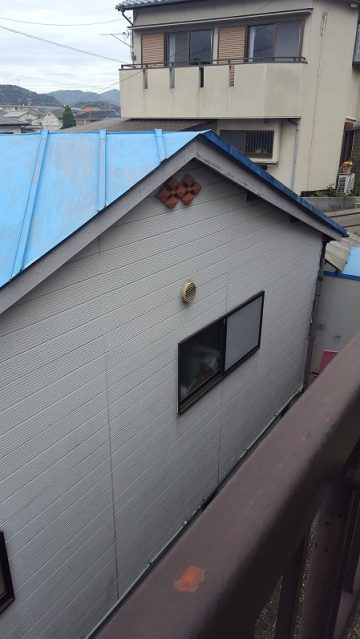 屋根が色あせているので屋根塗装工事