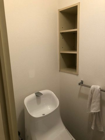 トイレ壁紙貼替