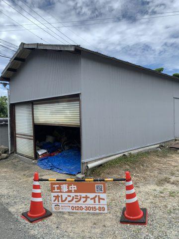 太子町 倉庫の波板トタン壁の塗装工事