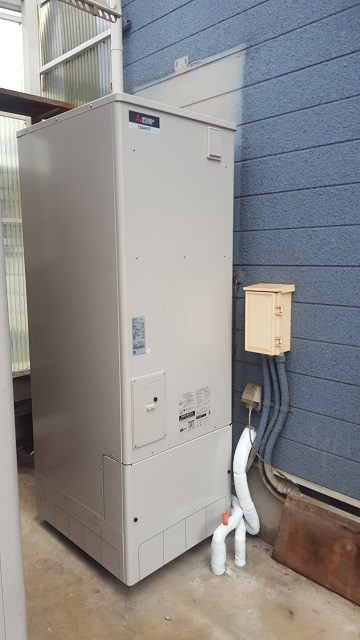 赤穂市 電気温水器からエコキュートに取替